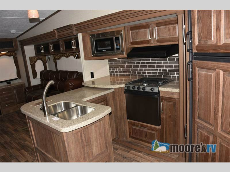 Keystone Cougar 327RES Fifth Wheel