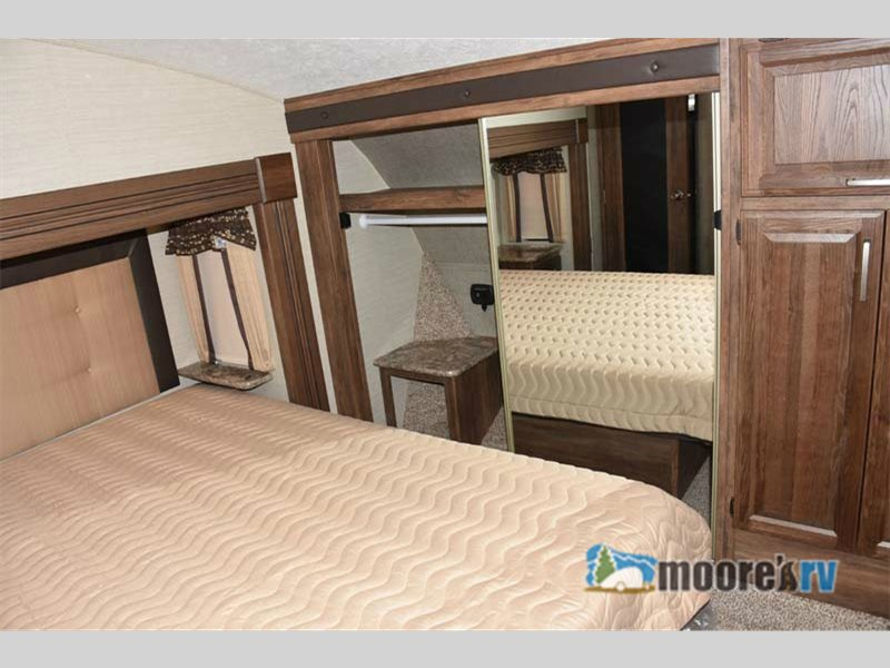 Keystone Cougar 333MKS Fifth Wheel