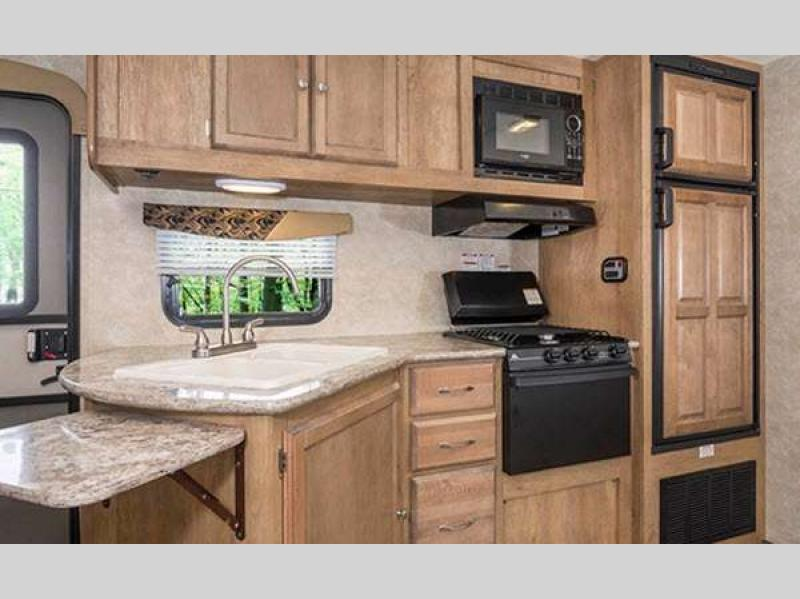 Gulf Stream Streamlite Ultra Lite Travel Trailer Kitchen