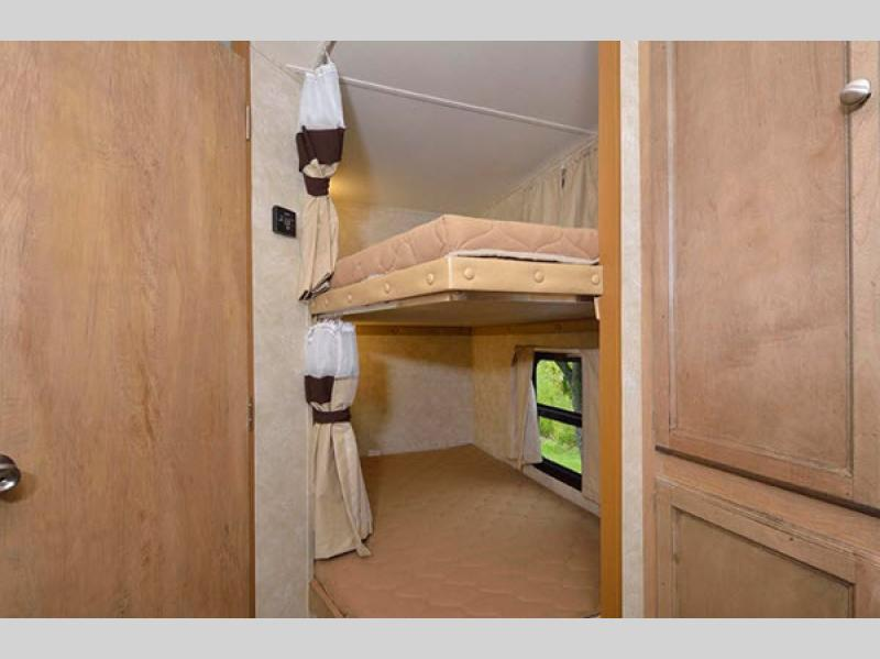 Gulf Stream Gulf Breeze Travel Trailer Bunks