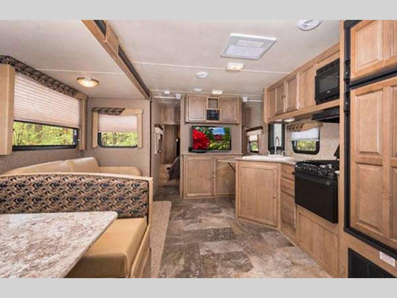 Gulf Stream Streamlite Ultra Lite Travel Trailer Interior