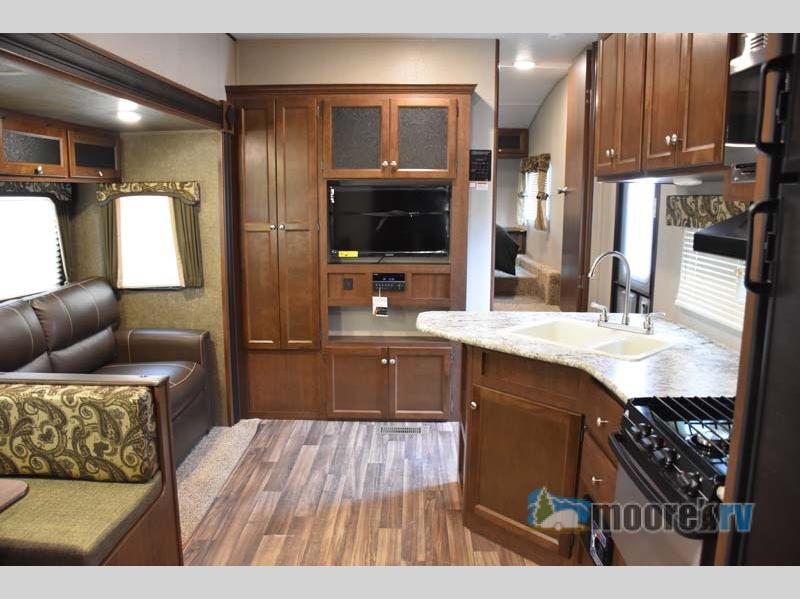 Front Living Space 2018 Keystone RV Hideout 281DBS