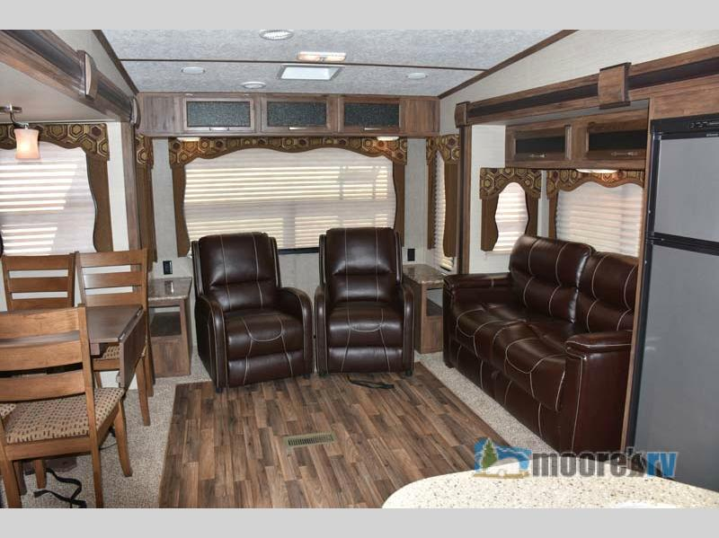 Front Living Space of 2017 Keystone RV Cougar X-lite 28SGS