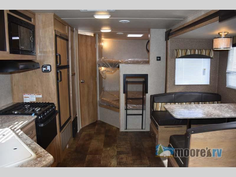 2017 Gulf Stream RV Gulf Breeze Ultra Lite 28 BBS