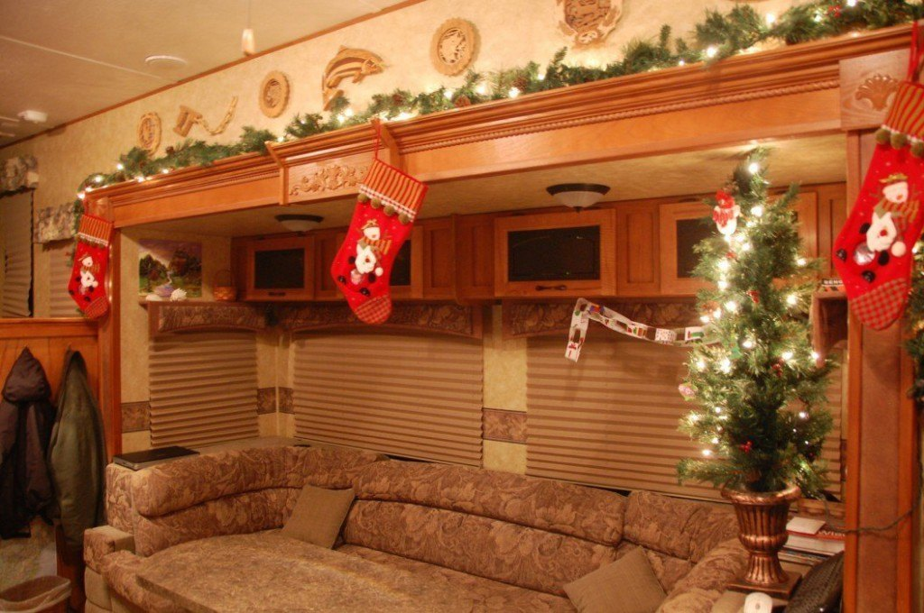 Holiday Cheer in RV